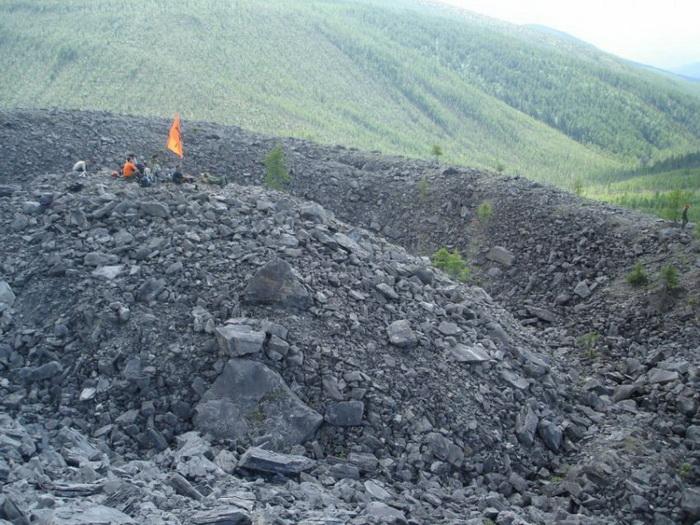 Экспедиция в центре Патомского кратера